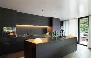 Glasrückwand Küche Beleuchtet : cuisiniste colmar js cuisines ~ Markanthonyermac.com Haus und Dekorationen