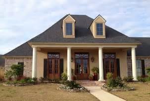 farmhouse house plans with porches lovely louisiana home plan