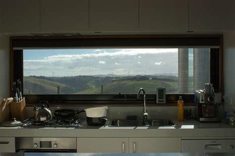 plan de cuisine en granit fenetre panoramique maisons sur falaise accueil design et mobilier