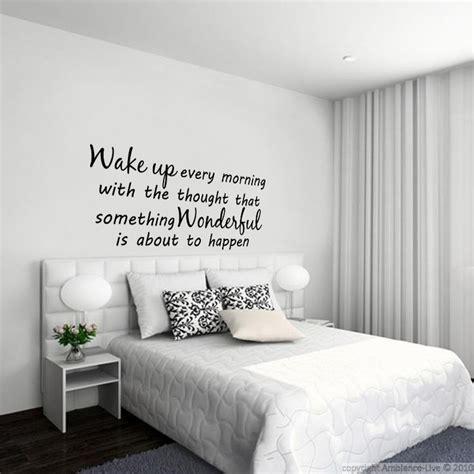 stickers phrase chambre adulte 1000 idées sur le thème tête de lit autocollant sur