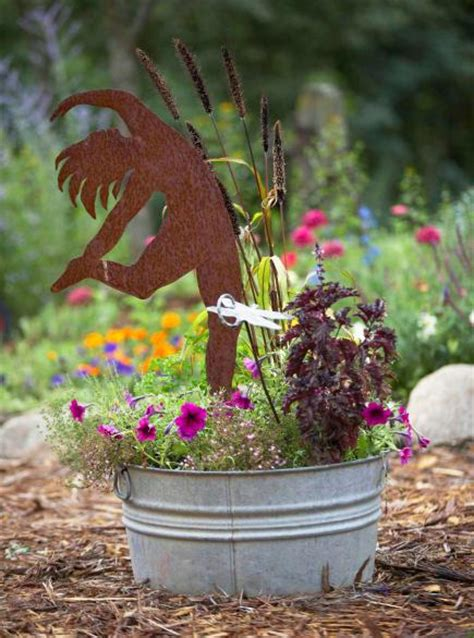 Garden Art Anyone Can Create Midwest Living