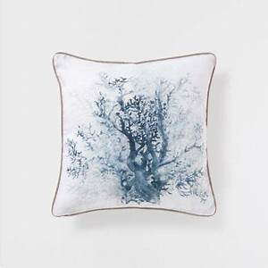 BLUE SHRUB PRINT LINEN CUSHION - Decorative Pillows