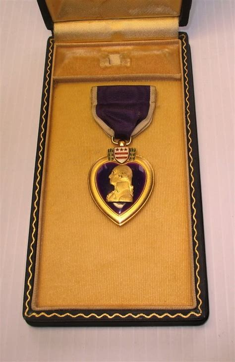 purple heart military medal leather  case wwii