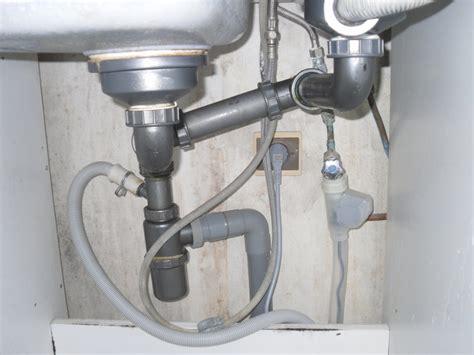 syphon d evier de cuisine remontée d 39 eau évier