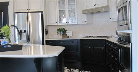 kitchen cabinets lower light kitchens lower light kitchen the contrast of 9146