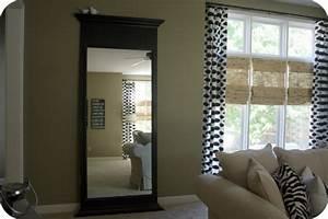 Miroir De Salon : le grand miroir mural 25 id es pour d 39 arrangement et d coration ~ Teatrodelosmanantiales.com Idées de Décoration