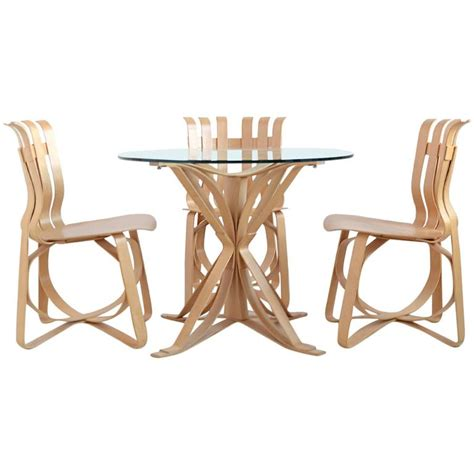 frank gehry dining table and chairs by knoll for sale at