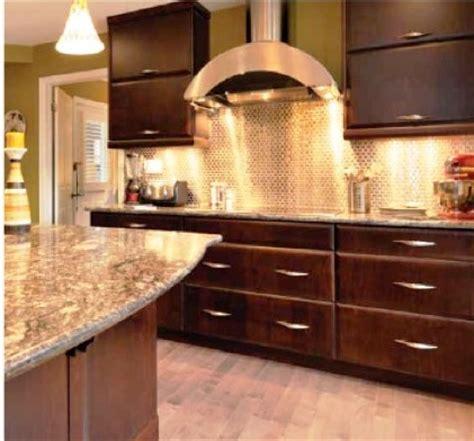 cuisine r騁ro armoires de cuisine en placage de bois un choix tendances et spécial