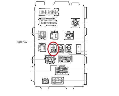04 Vibe Fuse Box by 2003 Toyota Matrix No Voltage At Fuel Connector