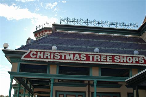 christmas tree shops new england locations and tips
