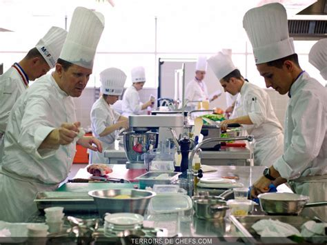 annonce chef de cuisine alain ducasse annonce les lauréats quot meilleurs ouvriers de