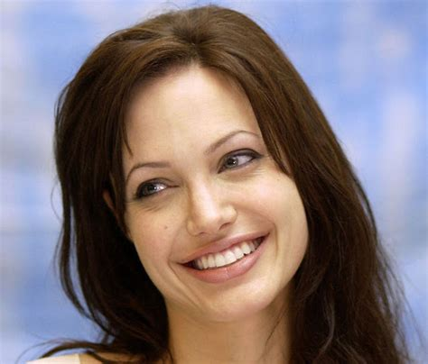 hot actress images angelina jolies spicy pictures images