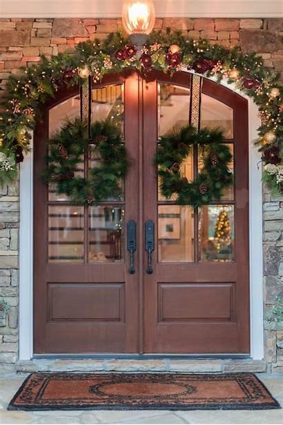 Garland Door Hang Outside Wreaths Hanging Bluegraygal