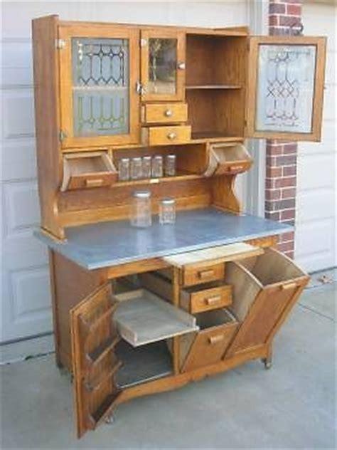 wilson kitchen cabinet antique bakers hutch history early oak hoosier style wilson 1535