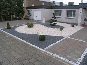 Vorgärten Modern Gestalten : vorgarten mit hellem und dunklem splitt fertig ~ Yasmunasinghe.com Haus und Dekorationen