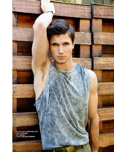 eye candy robbie amell for bello magazine the man crush blog