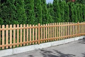 Gartenzaun Holz Weiß : gartenzaun aus holz aufstellen ~ Sanjose-hotels-ca.com Haus und Dekorationen