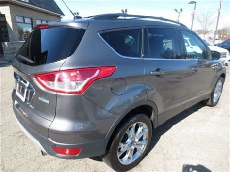 sell  silver suv clean title finance carfax  owner sterling grey metallic leather