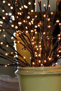 Lighted Willow Branch 96 Bulb
