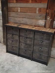 Meuble Vintage Industriel : ancien grand meuble 12 casiers industriel strafor plateau ~ Teatrodelosmanantiales.com Idées de Décoration
