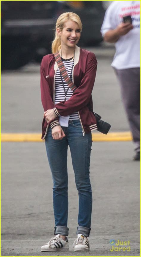 Emma Roberts & Ariana Grande Show Tons of Pink Attitude in ...
