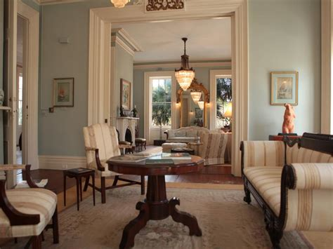 Home Interior Old Pictures : 5 Characteristics Of Charleston's Historic Homes