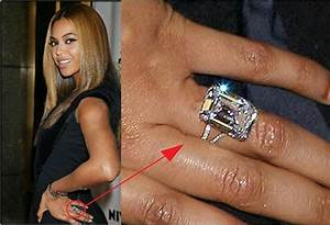 beyonce39s 18 carat emerald diamond ring lorraine schwartz With beyonce s wedding ring