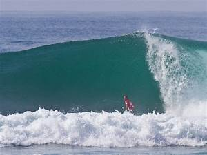 Early Season Balinese Perfection   Surf Photos by Mick ...
