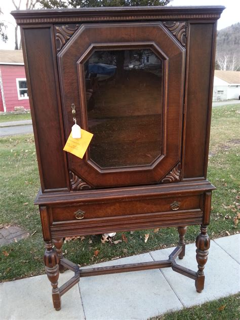 china hutch   elk furniture company  antique furniture collection