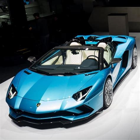 lamborghini aventador s roadster preis lamborghini aventador s roadster bookings open in india prices start at inr 5 79 crore motoroids
