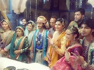 Paridhi Sharma, Ravi Bhatia, Lavina Tandon, Manisha Yadav ...