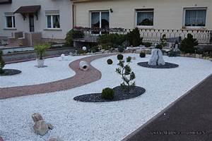 decoration jardin caillou blanc With deco de jardin avec caillou
