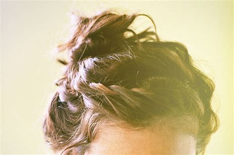 Our Favorite Pinterest Profiles For Decorating Ideas: Messy Buns: Our 10 Favorite Pinterest Picks