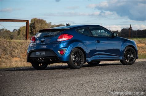 hyundai veloster turbo blacked out 2016 hyundai veloster street turbo review video