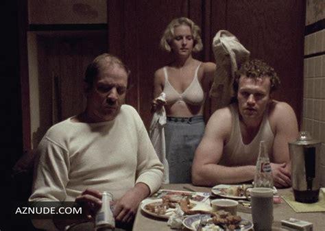 Mary nackt Demas The Naked