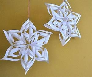 3d Sterne Aus Papier Basteln : 3d schneeflocken zum aufh ngen weihnachten basteln ~ Lizthompson.info Haus und Dekorationen