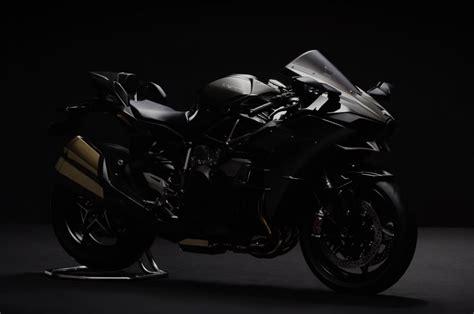 The Kawasaki Ninja H2 Gets Murdered For 2016