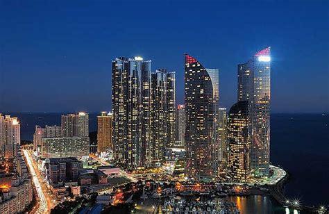 mumbai maximum city   city  skyscrapers rediff