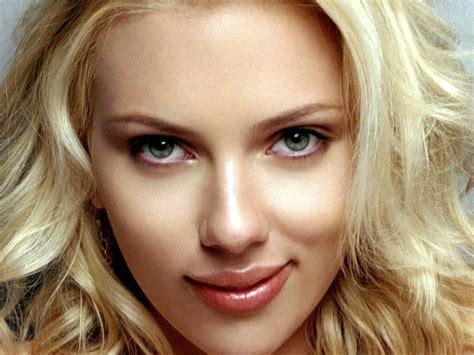 Sexy Scarlett Johansson Wallpapers