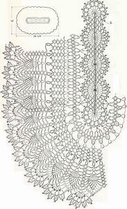Cute Crochet Doilies Or Center Table   Table Clothes