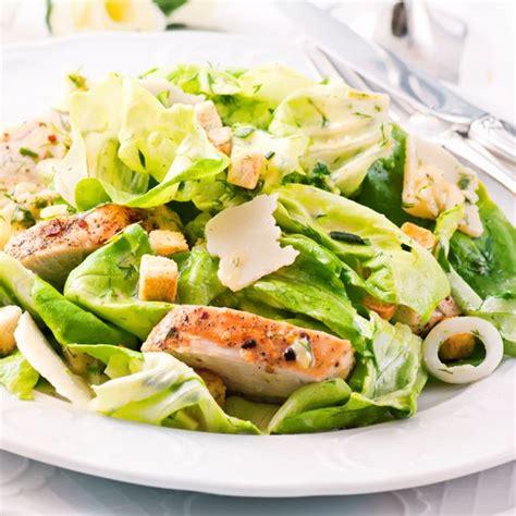 cuisine salade recette salade césar au poulet facile rapide