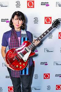 Kelley Deal Announced As Winner Of The 2017 Q Gibson Les