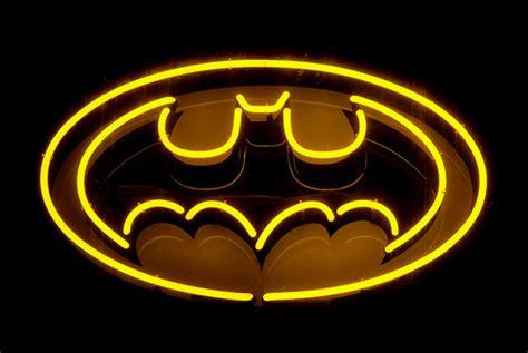 batman neon light neon batman logo flickr photo