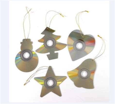 craft for christmas using old cds 11 great ideas for crafts with cd my desired home