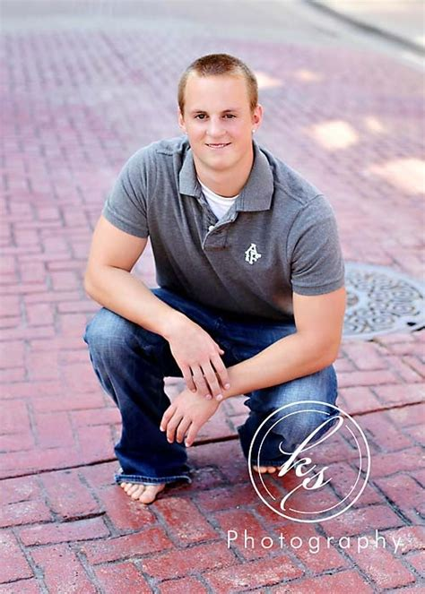barefoot idea senior boy photography senior