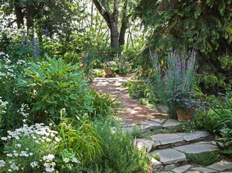 Garden Decoration Definition by 25 Beautiful Backyard Landscaping Ideas And Gorgeous