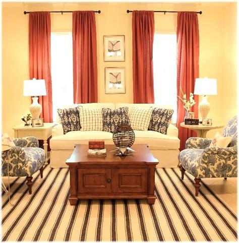 Living Room - Benjamin Moore Monroe Bisque