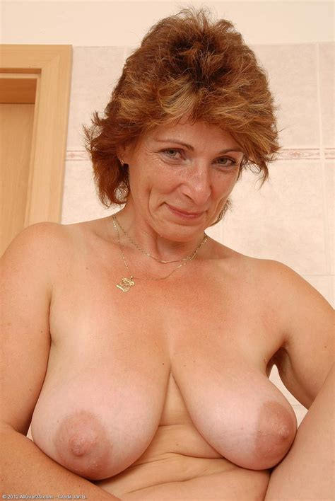 Horny all natural mature In The Bathroom pichunter