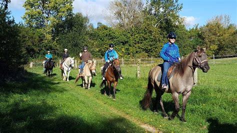 dayton riding horseback ohio try hide trail carriage hill ride caption
