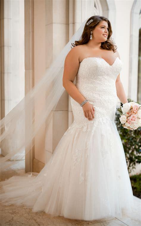 Lace Wedding Dresses Form Fitting Plus Size Lace Wedding